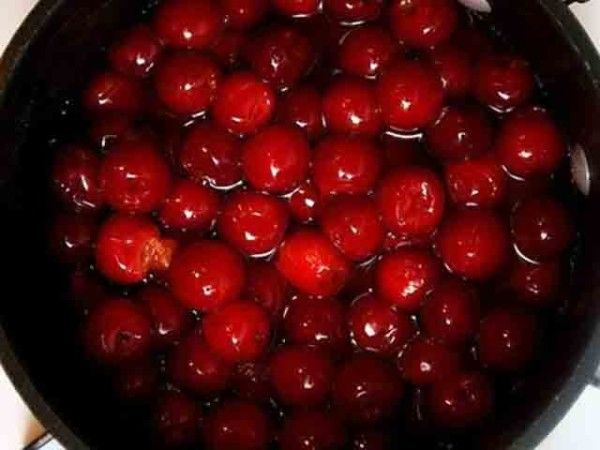 Как варить компот с вишни на зиму